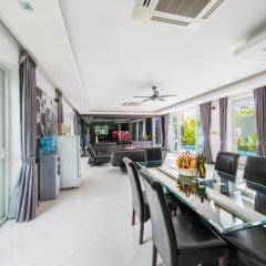 Отель Villas In Pattaya 5* Стандартный номер с различными типами кроватей фото 17