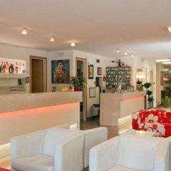 Hotel Trafalgar Римини гостиничный бар