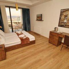 Отель Tbilisi View 3* Номер Делюкс с различными типами кроватей фото 3