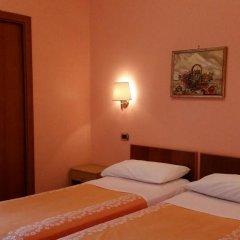 Hotel Ambrosi Фьюджи комната для гостей фото 3