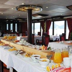 Отель Starlight Cruiser Халонг питание