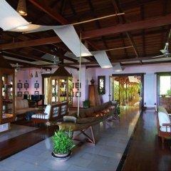 Отель Sandoway Resort интерьер отеля