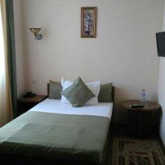 Мини-Отель Виват Стандартный номер с разными типами кроватей (общая ванная комната) фото 7