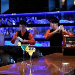 Wongtee V Hotel гостиничный бар