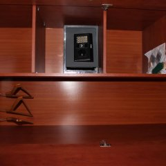 Hotel Sjesta сейф в номере