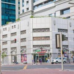 Отель Yanjoon Holiday Homes - Princess Tower парковка