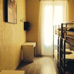 Отель Backpackers Chez Patrick Франция, Ницца - отзывы, цены и фото номеров - забронировать отель Backpackers Chez Patrick онлайн удобства в номере фото 2