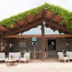 Отель La Garriga de Castelladral гостиничный бар