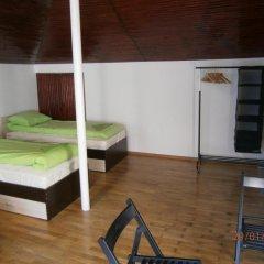 Ivory Tower Hostel Кровать в женском общем номере фото 2