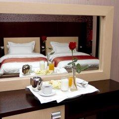 Отель White Dream Тирана в номере