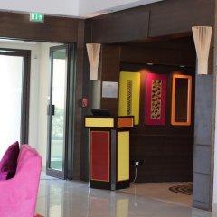 Traders Hotel Qaryat Al Beri Abu Dhabi, by Shangri-la интерьер отеля