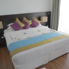 Отель Plumeria Maldives 4* Номер Делюкс с различными типами кроватей фото 7