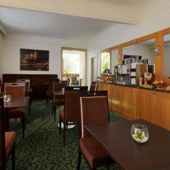 Гостиница Марриотт Москва Гранд 5* Улучшенный номер с различными типами кроватей фото 5