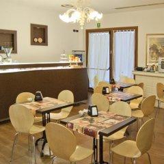 Hotel Leon Bianco Адрия питание
