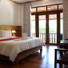 Отель Villa Oasis Luang Prabang 3* Номер Делюкс с двуспальной кроватью фото 2