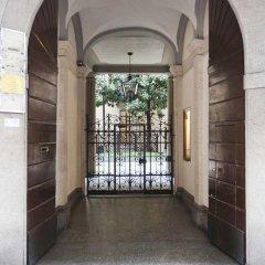 Отель Rentopolis Duomo Милан парковка