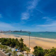 Отель Baboona Beachfront Living Таиланд, Паттайя - 2 отзыва об отеле, цены и фото номеров - забронировать отель Baboona Beachfront Living онлайн пляж фото 2