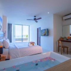Отель Surin Beach Resort 4* Улучшенный номер с двуспальной кроватью