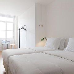 Отель By The River Guesthouse Стандартный номер 2 отдельными кровати