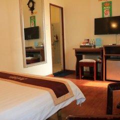 Отель A25 Hoang Quoc Viet 2* Стандартный номер фото 4
