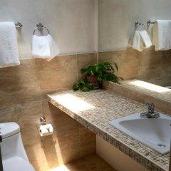 Отель Goblin Hill Villas at San San 3* Вилла с различными типами кроватей фото 25