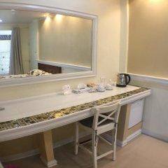 Отель Phuket Airport Suites & Lounge Bar - Club 96 удобства в номере фото 2