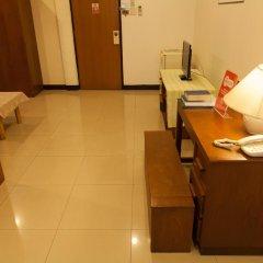Отель Zen Rooms Best Pratunam 4* Стандартный номер фото 8