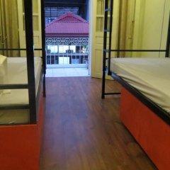 Hanoi Massive Hostel Кровать в общем номере с двухъярусной кроватью фото 7
