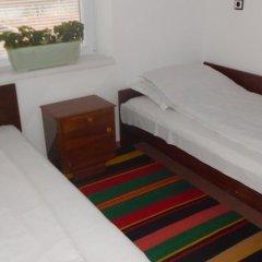 Отель Varbanovi Guest House Боженци комната для гостей фото 5