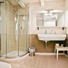 Отель LM Suite Spagna 3* Стандартный номер с двуспальной кроватью фото 36