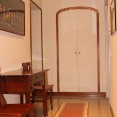 Отель ViaRoma Suites - Florence Апартаменты с различными типами кроватей фото 19
