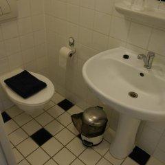 Отель Prinsenhof Amsterdam Нидерланды, Амстердам - отзывы, цены и фото номеров - забронировать отель Prinsenhof Amsterdam онлайн ванная фото 2