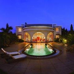 Отель The LaLiT Golf & Spa Resort Goa бассейн
