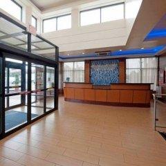 Отель Fairfield Inn by Marriott JFK Airport США, Нью-Йорк - отзывы, цены и фото номеров - забронировать отель Fairfield Inn by Marriott JFK Airport онлайн балкон