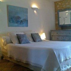 Отель Le Mas de la Treille Bed & Breakfast 3* Номер Делюкс с различными типами кроватей фото 2