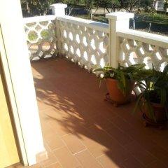 Отель Tra Gli Ulivi Кастровиллари балкон