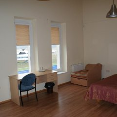Отель Motel Istros Aviaparkas Литва, Паневежис - отзывы, цены и фото номеров - забронировать отель Motel Istros Aviaparkas онлайн комната для гостей фото 3