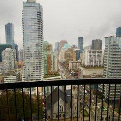 Отель Century Plaza Hotel & Spa Канада, Ванкувер - отзывы, цены и фото номеров - забронировать отель Century Plaza Hotel & Spa онлайн балкон
