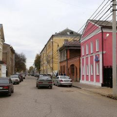 Arbuz Hostel парковка