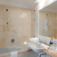 Отель Hostellerie Du Cheval Blanc 4* Стандартный номер фото 7