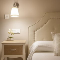 Отель B&B Hi Valencia Boutique 3* Стандартный номер с различными типами кроватей фото 47