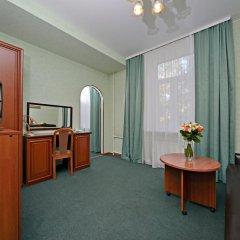 Гостиница Ярославская 3* Стандартный семейный номер с разными типами кроватей фото 2