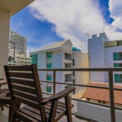 Отель Baboona Beachfront Living Таиланд, Паттайя - 2 отзыва об отеле, цены и фото номеров - забронировать отель Baboona Beachfront Living онлайн балкон