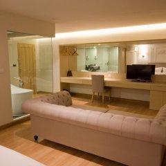 Thee Bangkok Hotel 3* Улучшенный номер с различными типами кроватей фото 13
