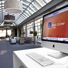 Отель Novotel Gent Centrum Бельгия, Гент - 3 отзыва об отеле, цены и фото номеров - забронировать отель Novotel Gent Centrum онлайн интерьер отеля фото 2
