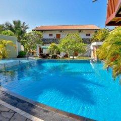 Отель Vesma Villas Шри-Ланка, Хиккадува - отзывы, цены и фото номеров - забронировать отель Vesma Villas онлайн бассейн фото 3