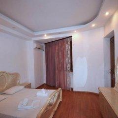 Апартаменты Apartments on Ekmalyan Street комната для гостей