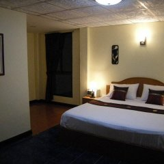 Отель Patong Rose Guesthouse 2* Улучшенный номер с различными типами кроватей фото 7