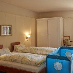 Отель Chesa Spuondas Швейцария, Санкт-Мориц - отзывы, цены и фото номеров - забронировать отель Chesa Spuondas онлайн комната для гостей фото 3