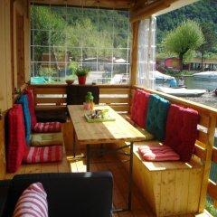 Отель Sunwaychalets Lago di Lugano Порлецца питание